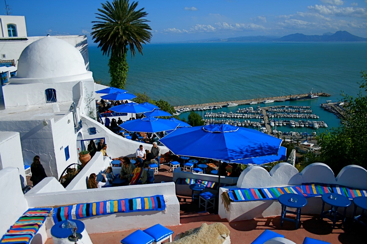 Charter-travel-cruise-tunisia