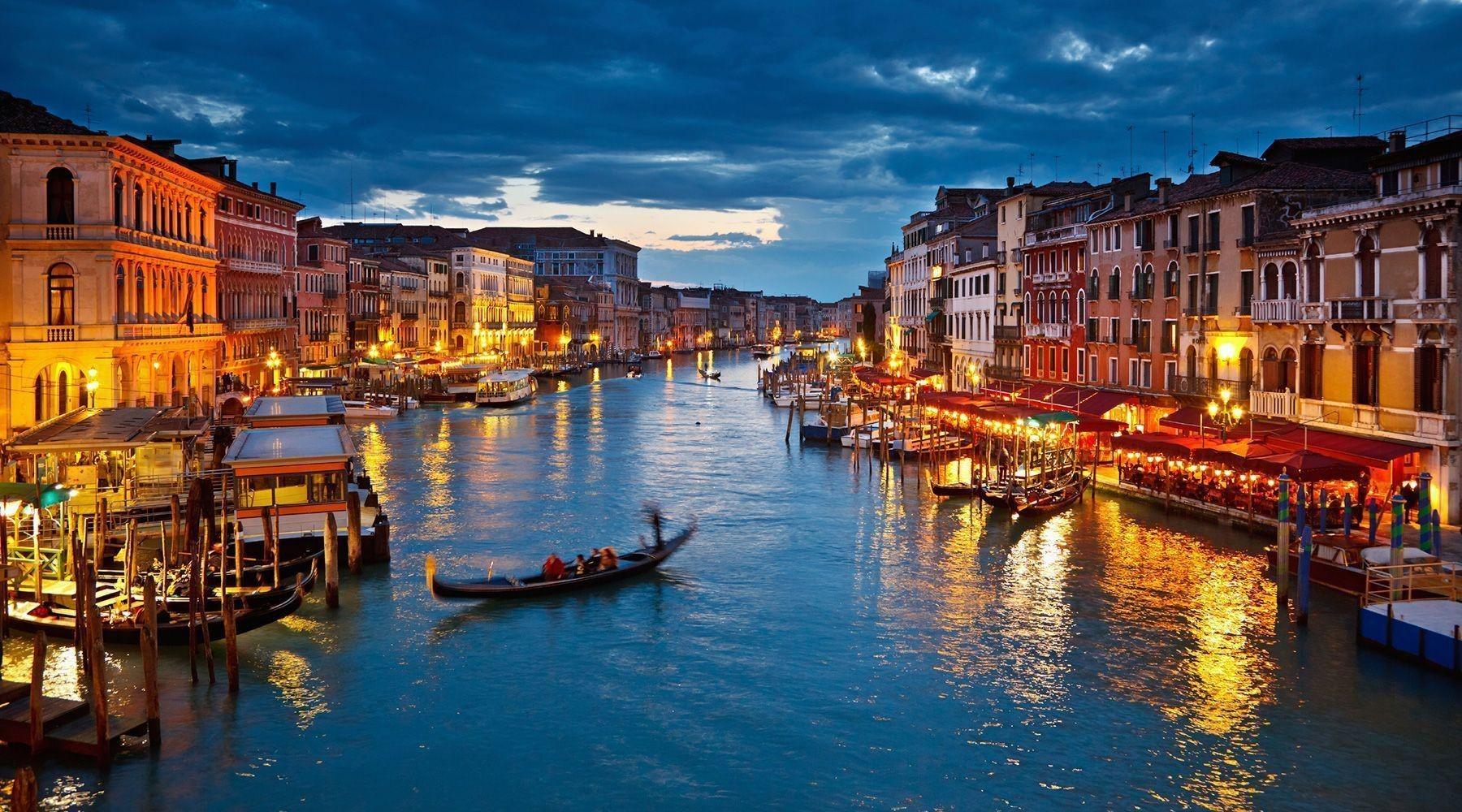 Boat-rent-Venice