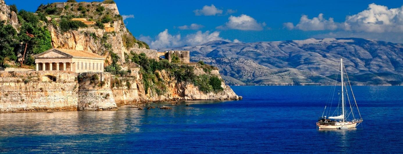 Corfu-boat-charter