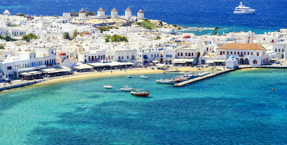 The vibrant view of Mykonos and the magnificent waters